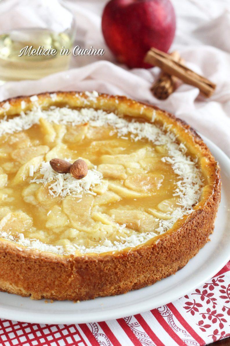Torta di mele con crema allo spumante