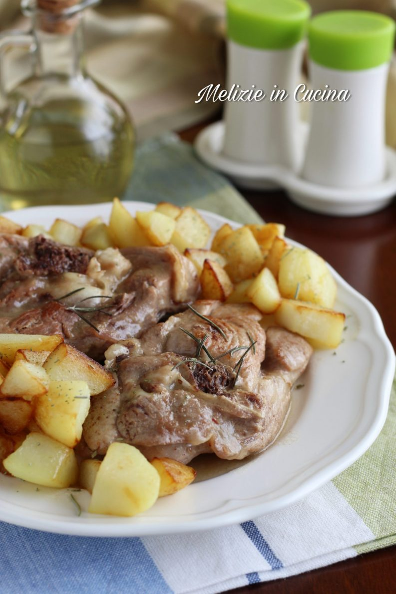 Ossobuco di tacchino in padella con patate, secondo facile e gustoso rispetto al classico petto, tenero e leggero, vi invito a provarlo.