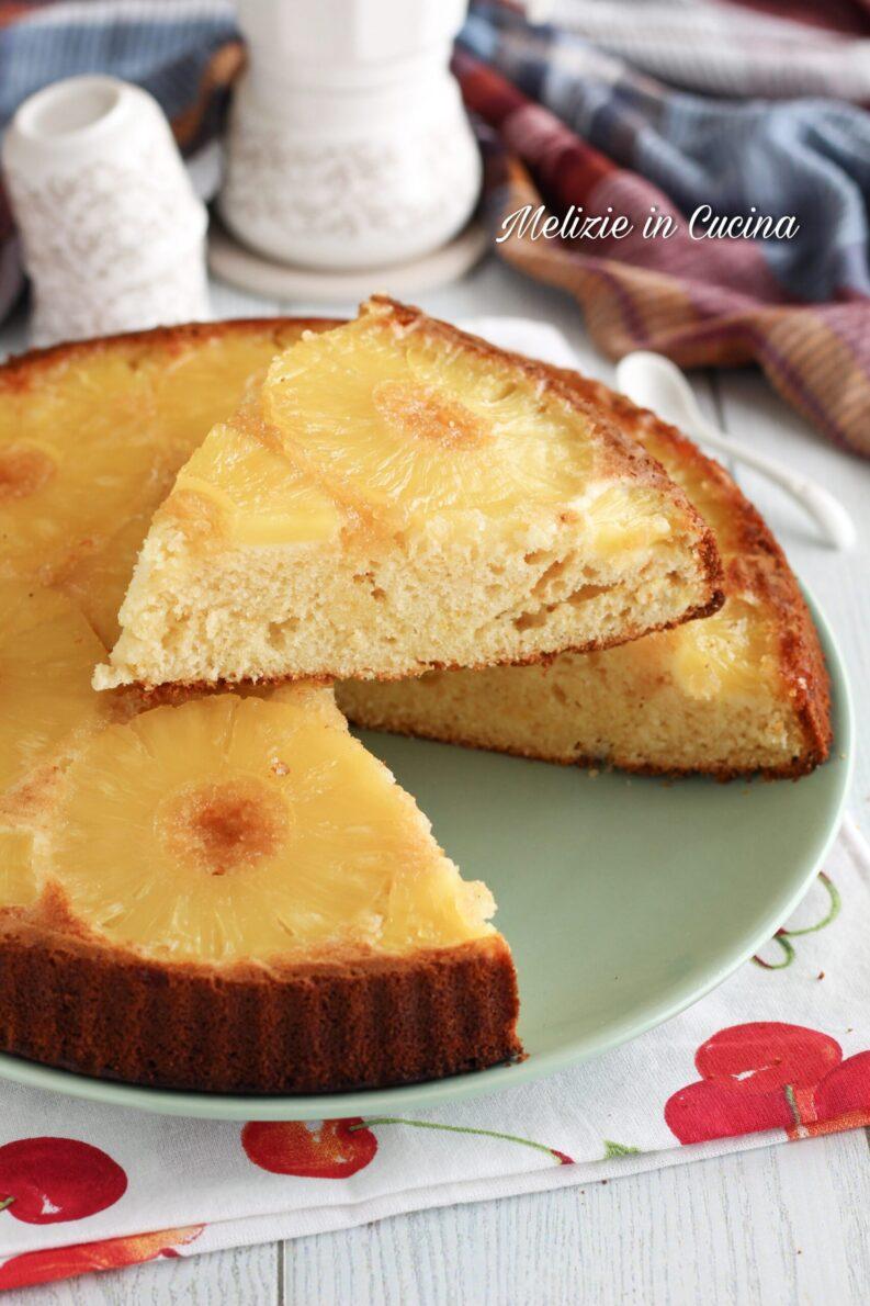Torta all'ananas morbida e semplice