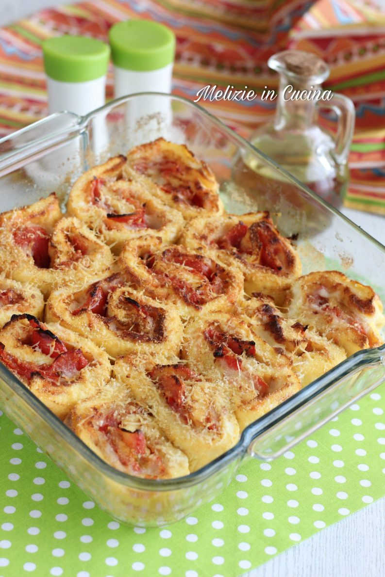 girelle di frittata gratinate pomodoro e mozzarella